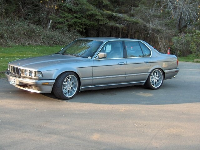 butters 1989 BMW 7 Series photo