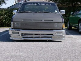 toolow4phathoes 1997 Nissan Hard Body photo thumbnail