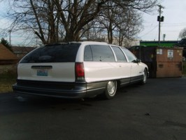 tss 1992 Oldsmobile Cruser Wagon photo thumbnail
