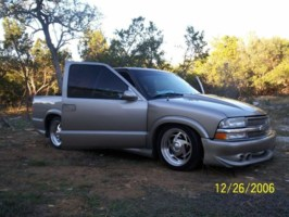 dts2006s 2003 Chevy S-10 photo thumbnail
