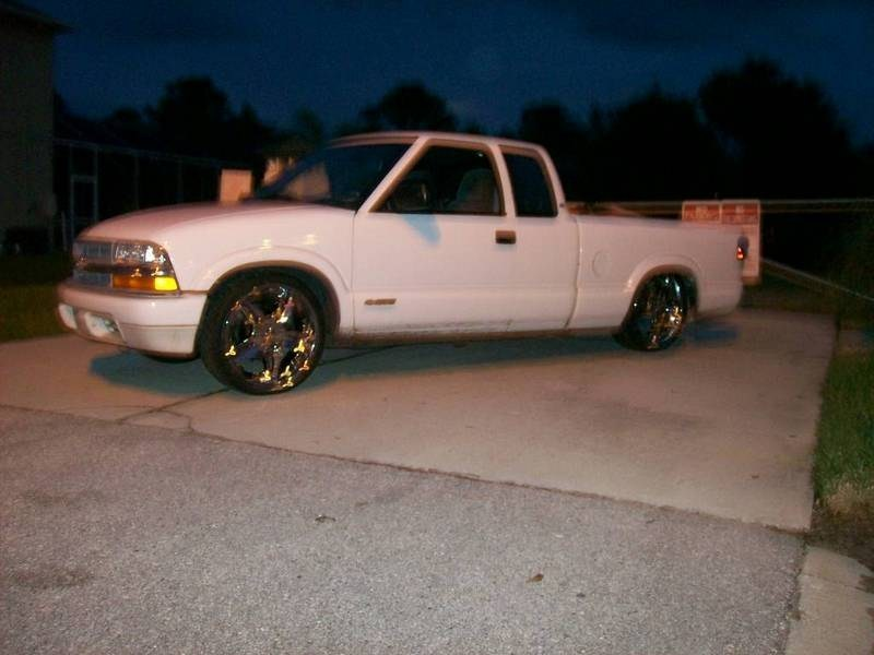 20 inches strongs 1999 Chevy S-10 photo