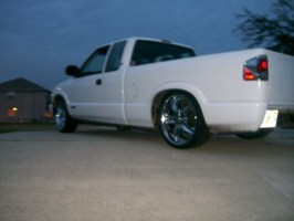 20 inches strongs 1999 Chevy S-10 photo thumbnail