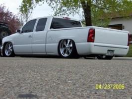 FIXITL8rs 2000 Chevrolet Silverado photo thumbnail