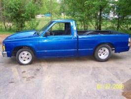 Blazinlow15s 1991 Chevy S-10 photo thumbnail