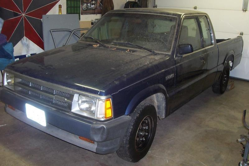 DRGNMAZDAs 1989 Mazda B2200 photo