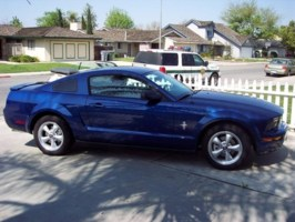 XlayedoutXs 2007 Ford Mustang photo thumbnail