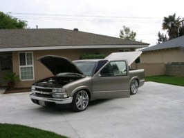 kevinbmxers 1999 Chevy S-10 photo thumbnail