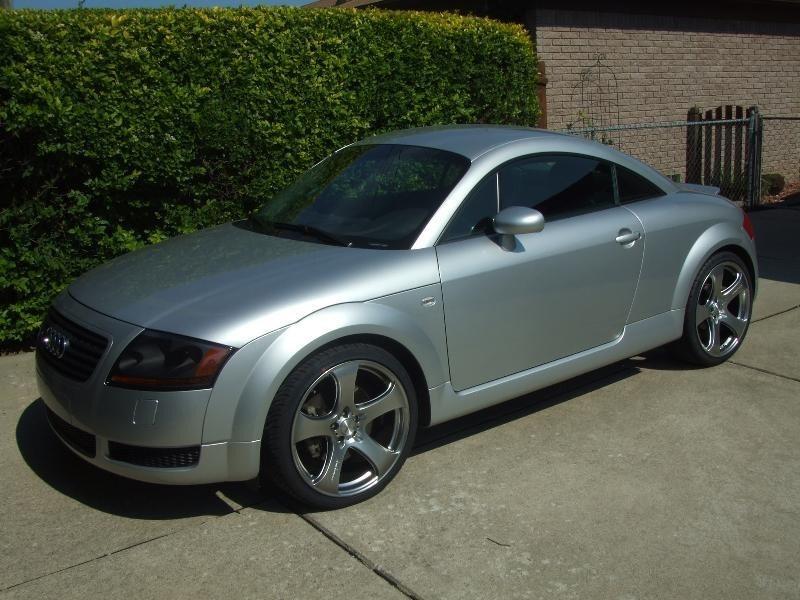 phillybluntss 2001 Audi TT photo
