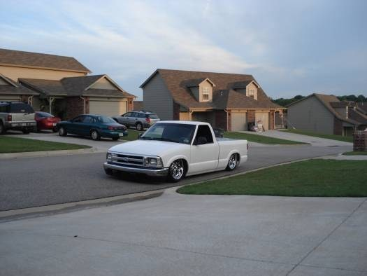 lowhbody22s 1996 Chevy S-10 photo