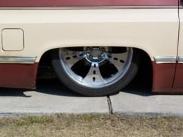 DW WERKSs 1987 Chevrolet Suburban photo thumbnail