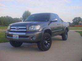 tuniches 2004 Toyota Tundra photo thumbnail