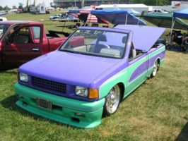 L Ts 1990 Toyota Pickup photo thumbnail