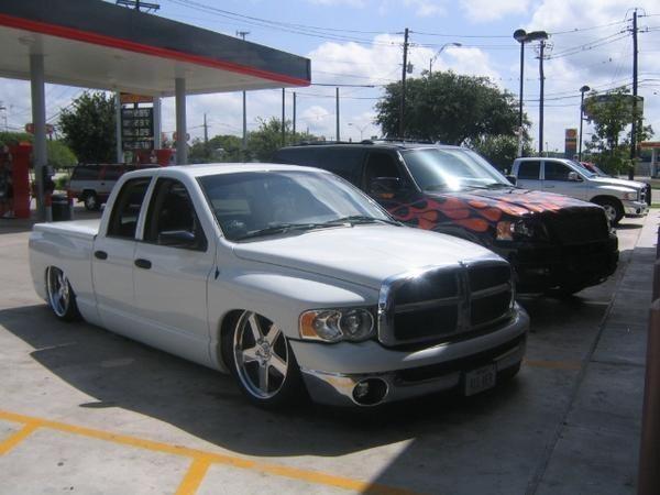 SPOTs 2004 Dodge Ram photo