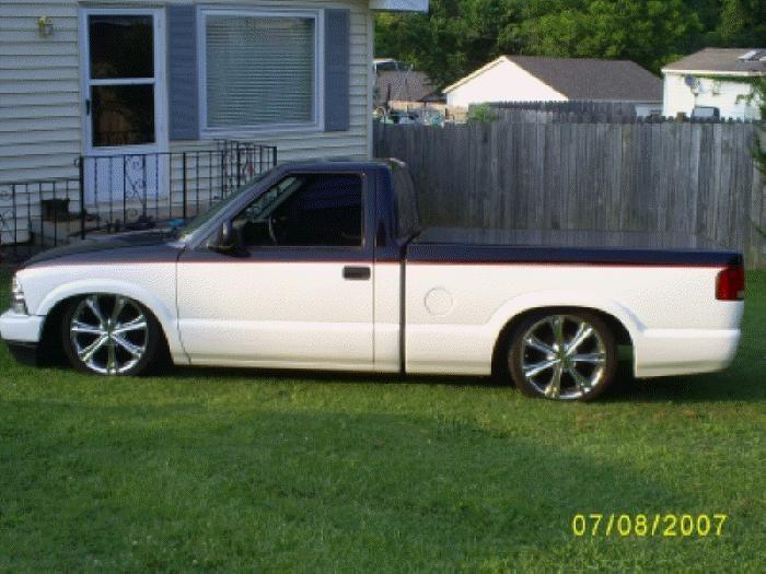 Tuckum98s 1998 Chevy S-10 photo