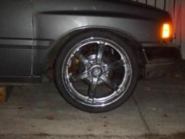 TuKnRaiLs 1993 Toyota Pickup photo thumbnail