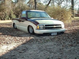 dirtybirdfabs 1997 Chevy S-10 photo thumbnail