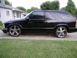 twiztidsilverados 2000 Chevrolet Blazer photo thumbnail