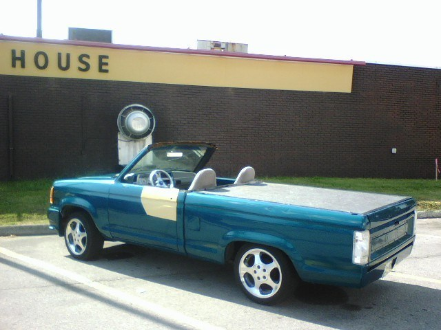 ground_pounders 1992 Ford Roadster photo
