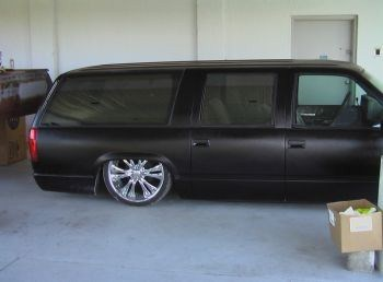 amit02heads 1993 Chevrolet Suburban photo