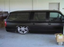amit02heads 1993 Chevrolet Suburban photo thumbnail