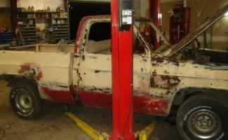 witgarages 1983 Chevy C-10 photo thumbnail