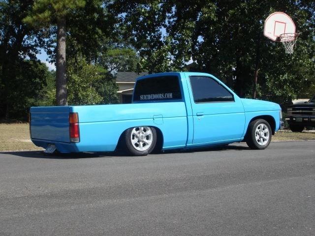 LowXpectations91s 1987 Nissan Hard Body photo