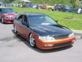 MINIWAGON00s 1994 Honda Accord Wagon photo thumbnail