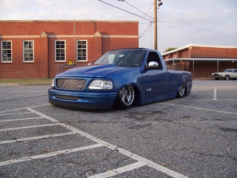 LayinSDimes 1998 Ford  F150 photo