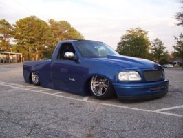 LayinSDimes 1998 Ford  F150 photo thumbnail