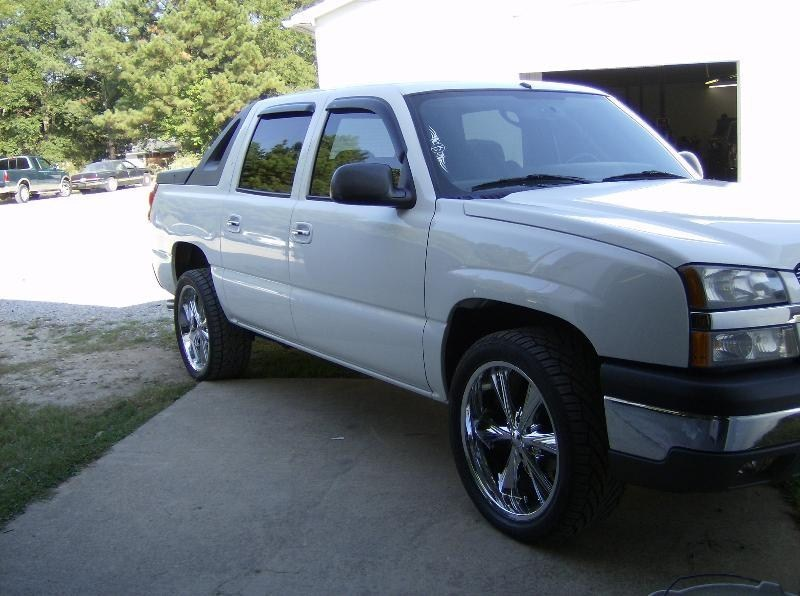 dirtys 2004 Chevy Avalanche  photo