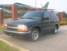 SmokeeJays 2001 Chevrolet Blazer photo thumbnail