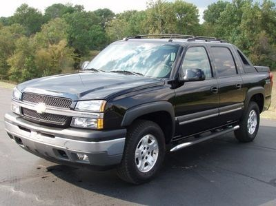 lunatiksblazers 2005 Chevy Avalanche  photo