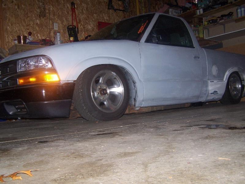 jucieddime00s 2000 Chevy S-10 photo