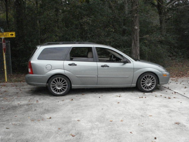 98L150s 2003 Ford Focus Wagon photo