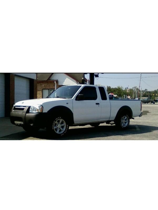 low f350s 2001 Nissan Frontier photo