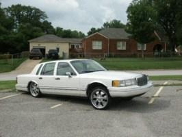 crumps 1993 Lincoln Town Car photo thumbnail