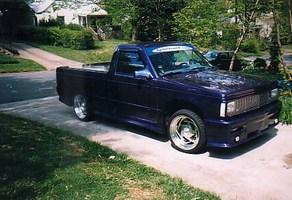 FADE2BLK94s 1990 Chevy S-10 photo thumbnail