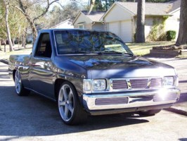pugzs 1997 Nissan Hard Body photo thumbnail