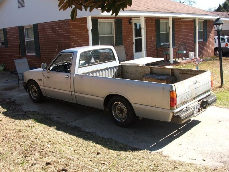 86lowslowpups 1986 Toyota Pickup photo