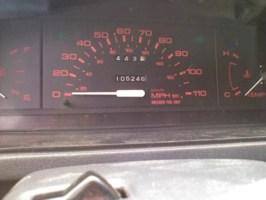 draginvas 1990 Mazda B2200 photo thumbnail