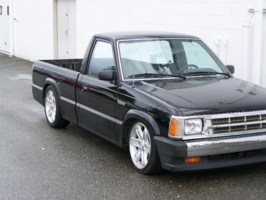 bcdawgs 1991 Mazda B2200 photo thumbnail
