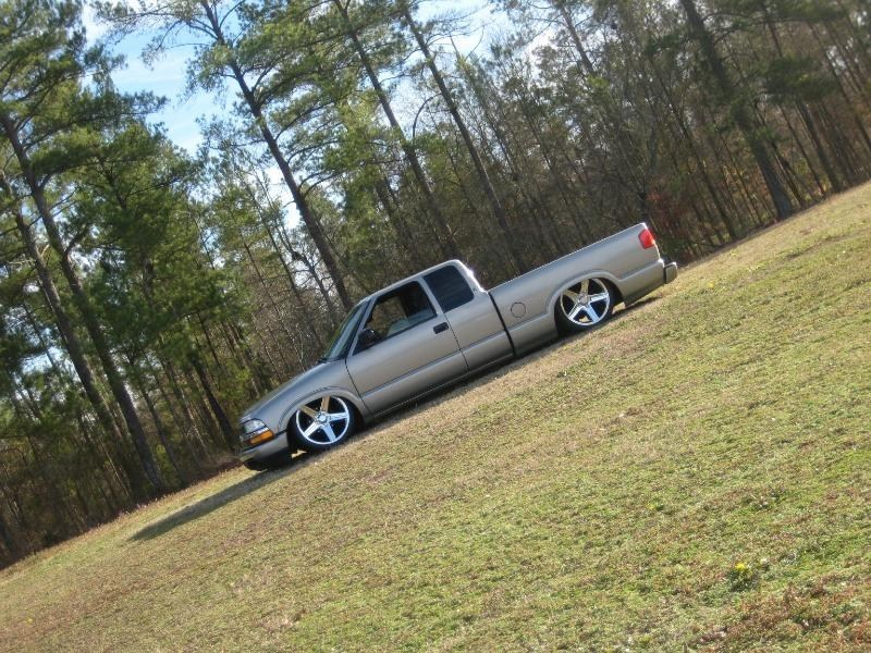 kr33pinspecs 2002 Chevy S-10 photo