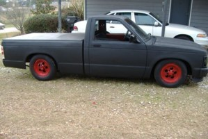 LAYN_IT_OUTs 1991 Chevy S-10 photo thumbnail