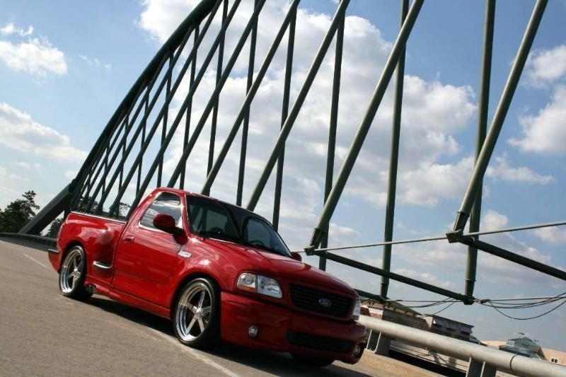 CowlSSs 2001 Ford Lightning photo