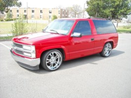 1lowlesabres 1999 Chevrolet Tahoe photo thumbnail