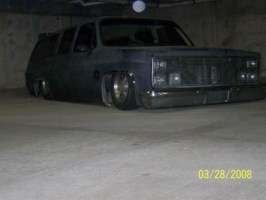 bmxr4life87s 1984 Chevrolet Suburban photo thumbnail