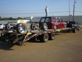 bbt fabs 2004 Chevy Crew Cab Dually photo thumbnail