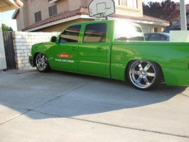 wade33s 2005 Chevy Crew Cab photo thumbnail