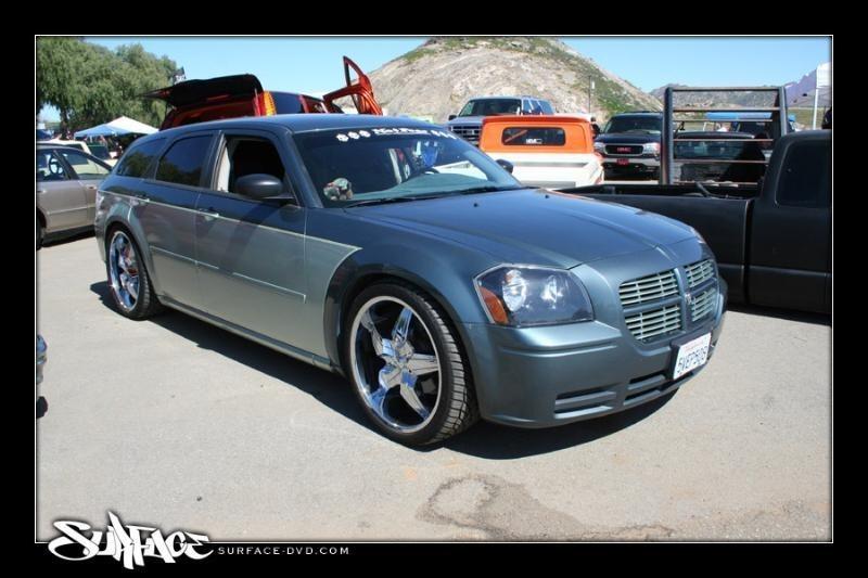 hcmagnums 2005 Dodge Magnum photo