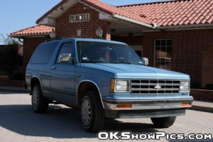 IB2LOUDs 1987 Chevy S-10 Blazer photo thumbnail